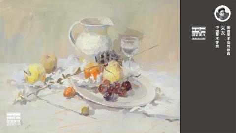 色彩静物_白色陶罐、白色衬布、白色盘子、水果、玻璃杯、花枝_朱友